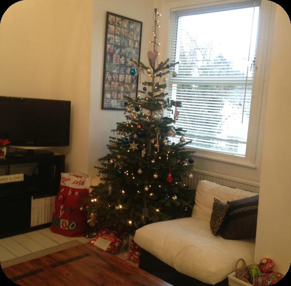 Mummylicious Beauty, Rachel Gilbert, Christmas tree