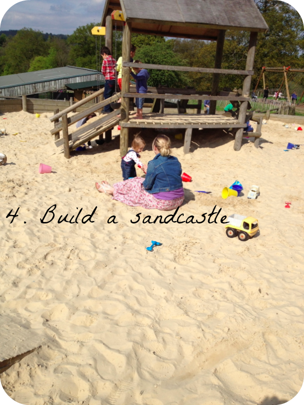 toddlers, sandcastles, beach, Godstone Farm