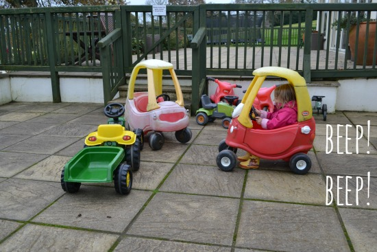 Clydey Cottages outdoor toy cars