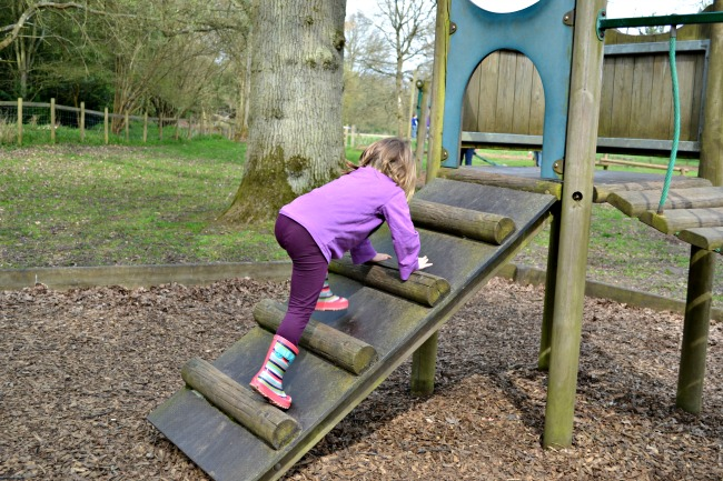 adventure-playground-ickworth