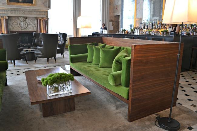 london-edition-hotel-lobby-bar