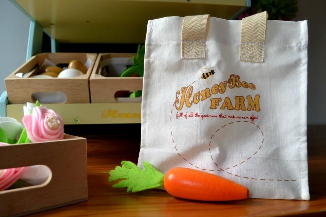 honey-bee-farm-bag