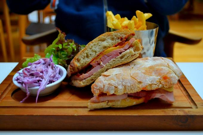 polurrian-bay-hotel-food