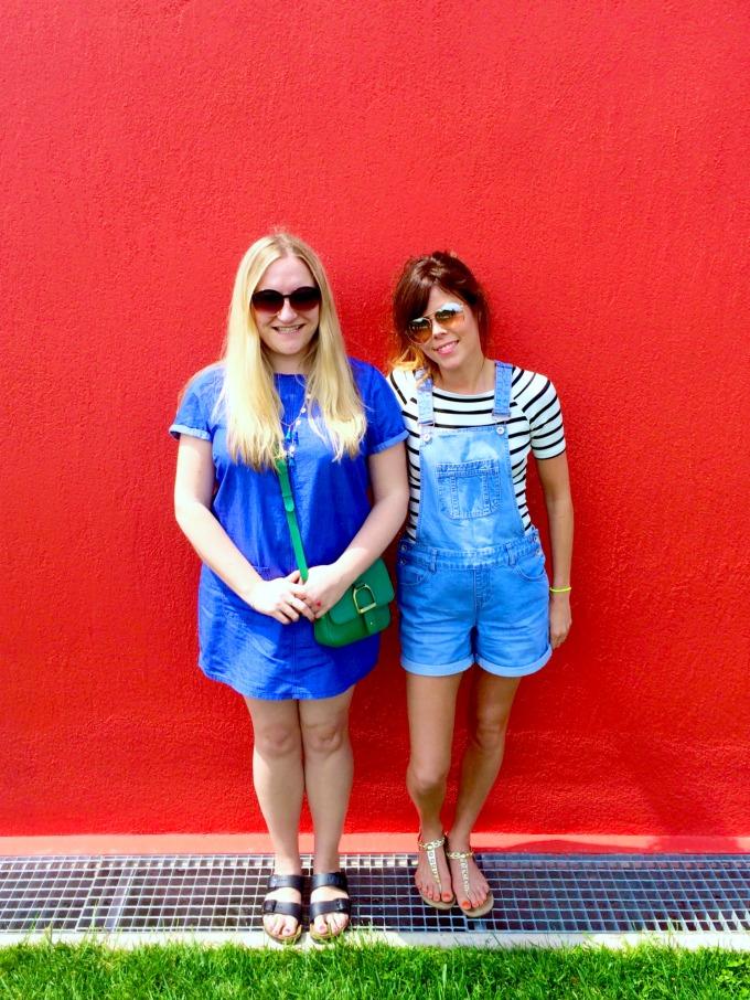 alison-perry-katie-ellison-bloggers
