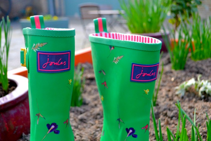 joules-floral-wellies