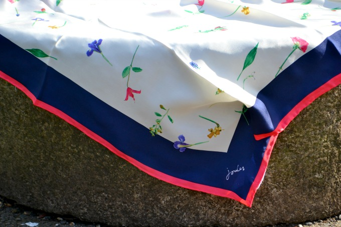 national-trust-joules-scarf