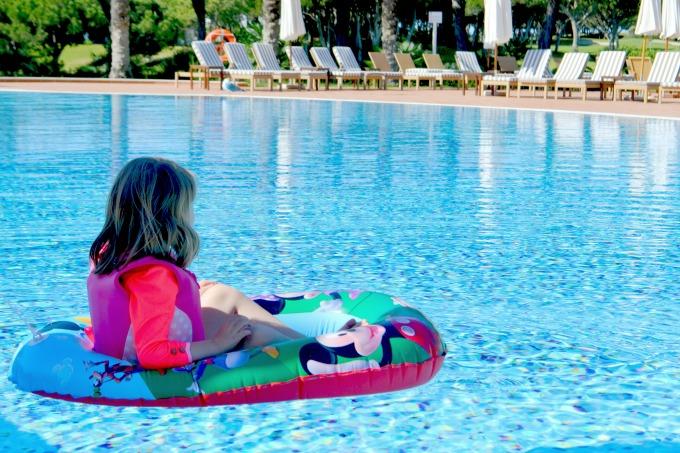 pine-cliffs-resort-pool