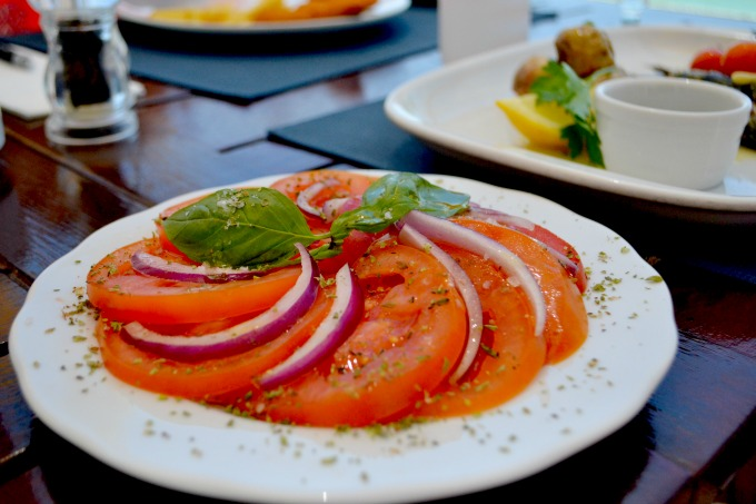 tomato-and-onion-salad