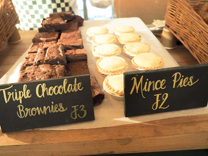 brownies and mince pies