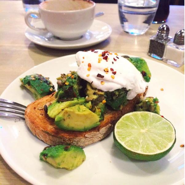 avocado-and-eggs